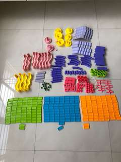 Dominos tiles and accessories