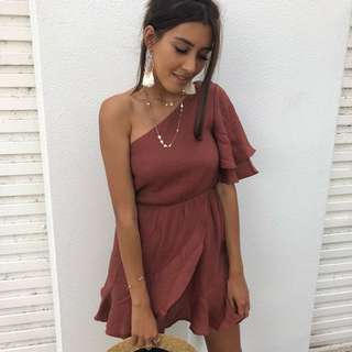 ➰ calli the label - XS (size 6) maroon red dress