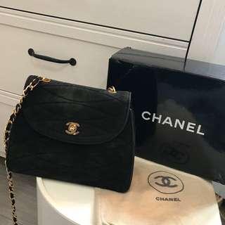 可議價✔️Authentic Vintage rare suede Chanel shoulder chain bag