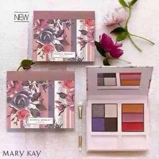 Into The Garden Make Up Kit