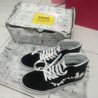 Vans X Peanuts SK8-Hi Snoopy Bones Skate Shoes
