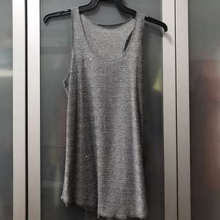Grey tank with sequins