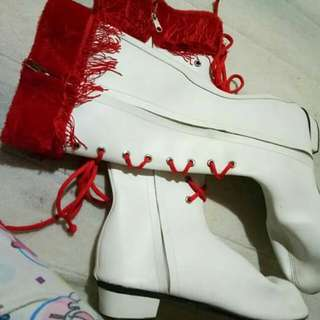 Boots for majorette/drum & lyre