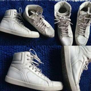 Sepatu putih modrl high