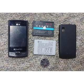 LG P525 雙SIM咭彩色手機,可影相,藍牙,上網