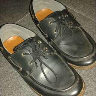 B01 Pantofel