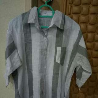 (INSTOCK) BNIP Oversized Ulzzang Grey and white blouse