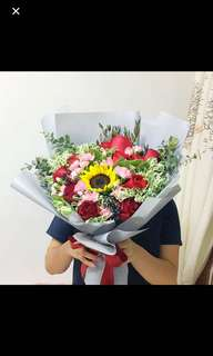 Mega Sunflower Bouquet with Red Roses / Anniversary Bouquet / Birthday Bouquet