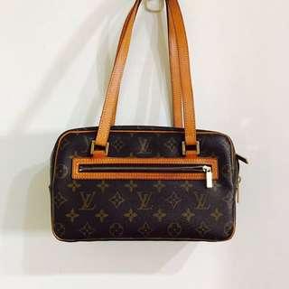 🚚 Louis Vuitton Cite mm包