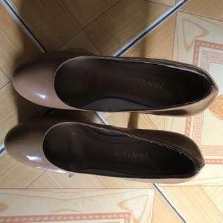 Used High Heel Shoes