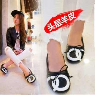 Flat shoes Size 9 / Size 42