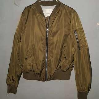 Bomber army / bomber pullnbear / bomber pull&bear/ jaket bomber / bomber jacket