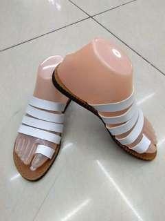 Flats footwear