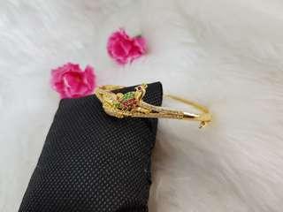 Peacock bracelets with Zirconia diamond