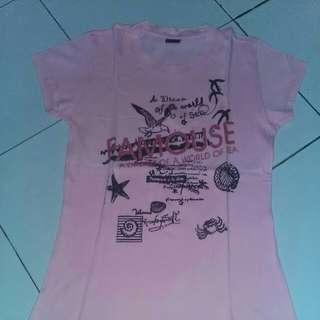 Kaos atau t-shirt