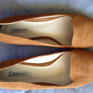 Oroton tan loafers shoes size 7