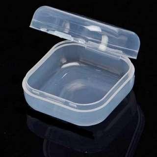 透明小方盒