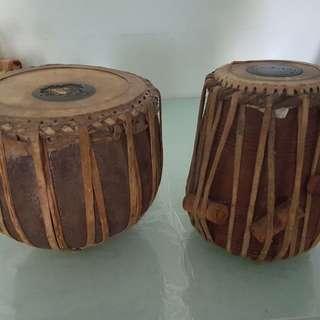 Selling 1 set tabla, dolak and mirundgam. All need refurbishing.