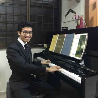 Piano and Music Theory Lessons with Piano Teacher