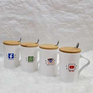 SOCIAL MEDIA GLASS