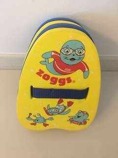 Zoggs swimming back float