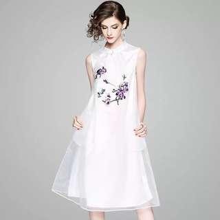 Tunic dress sleeveless cheongsam Qipao with embroidered floral mesh overlay