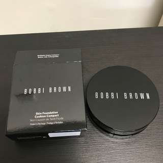 BOBBI BROWN SKIN FOUNDATION CUSHION COMPACT 粉底盒