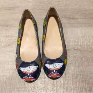 Now Little Marc Jacobs flats (size 34) base 22cm long