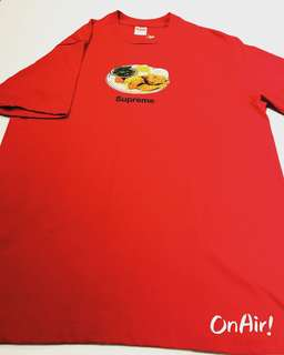 SUPREME CHICKEN TEE RED