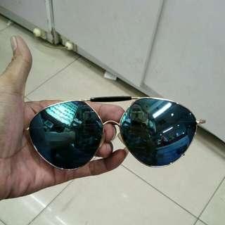 Kacamata sungglasses