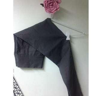 Stretchable grey pants