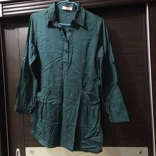 墨綠長版襯衫