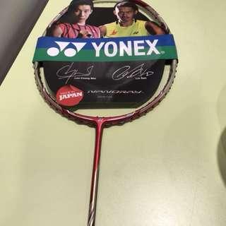 Yonex nanoray 900