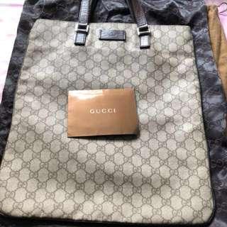 Gucci 手挽袋 (購自香港專門店,極新淨,可放F4文件)