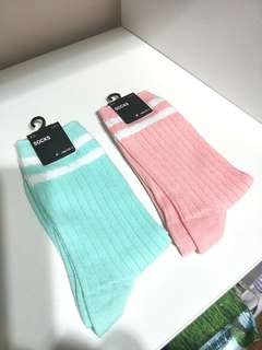 BRAND NEW!! FROM JAPAN!! HIGH-SCHOOL STYLE PASTEL BABY PINK AND MINT GREEN SOCKS!! SUPER DUPER KAWAII!! GREAT FOR PAIRING WITH TENNIS SKIRTS OR SHORTS!!! ONLY 1 EACH!! HURRY!! GRAB BEFORE ITS GONE!!
