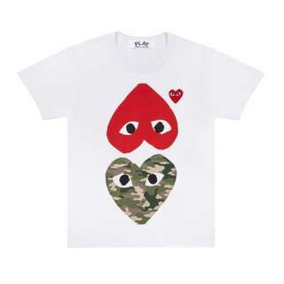 PLAY CAMOUFLAGE WITH UPSIDE DOWN RED HEART T-SHIRT (WHITE)