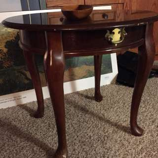 Exquisite small table