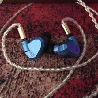 KZ ZS5 四單元 兩圈兩鐵Hi-Fi耳機 (鍍銀線版本)(2pins可換線)