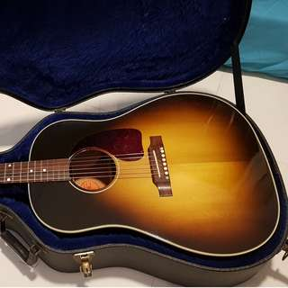 Gibson J45 Standard Acoustic Guitar
