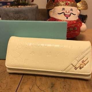 Samantha x Disney ( Daisy Duck) 真皮長銀包,附專門店單據,正版全新(黃色)連購物袋,太子地鐵站交收。
