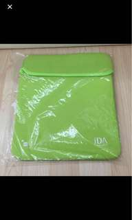 BN Laptop Sleeves green