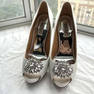 Badgley Mischka Jeannie Peep-Toe Pumps US 7W