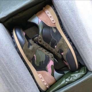 Valentino BRAND NEW Rockrunner Sneakers sz 38 **yeezy boost adidas fear of god balenciaga Nike air Jordan saint laurent Alexander McQueen Reebok Gucci prada Louis Vuitton**