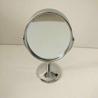Mirror / cermin mini