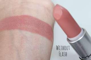 MAC Matte Lipstick - Yash
