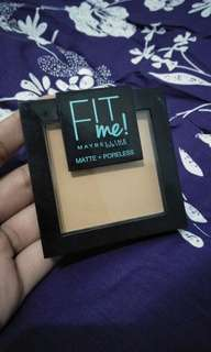 Maybelline Fit Me Matte Poreless Powder shade 250