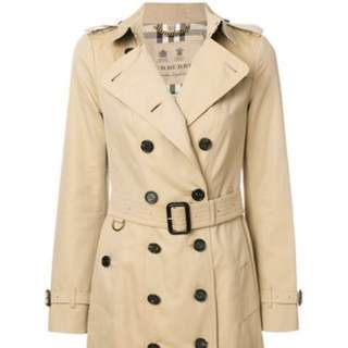 Burberry Long Sandringham Trench Coat Size 6/ XS/S