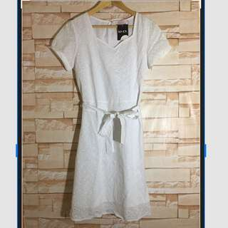 Brand New SO-EN white Summer Dress