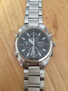 SEIKO Quartz Chronograph watch (7T32-7600)