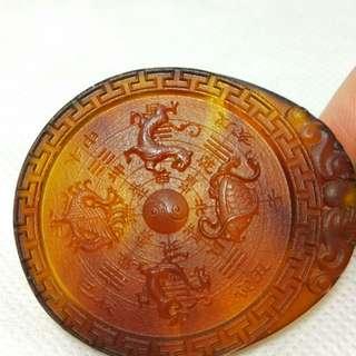 🚚 天然棕紅琥珀四大神獸九宮八卦圖項鍊避邪轉運聖品